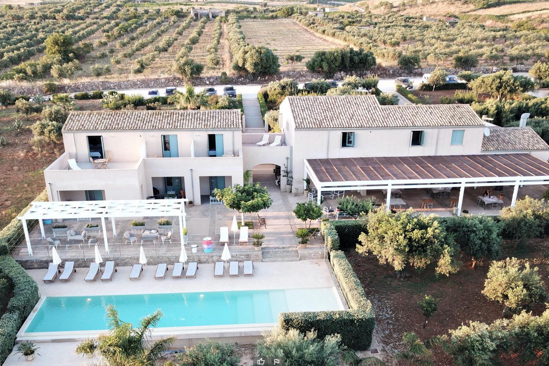 Agriturismo Sicilia Agriturismo accogliente con ristorante in Sicilia, vicino al mare