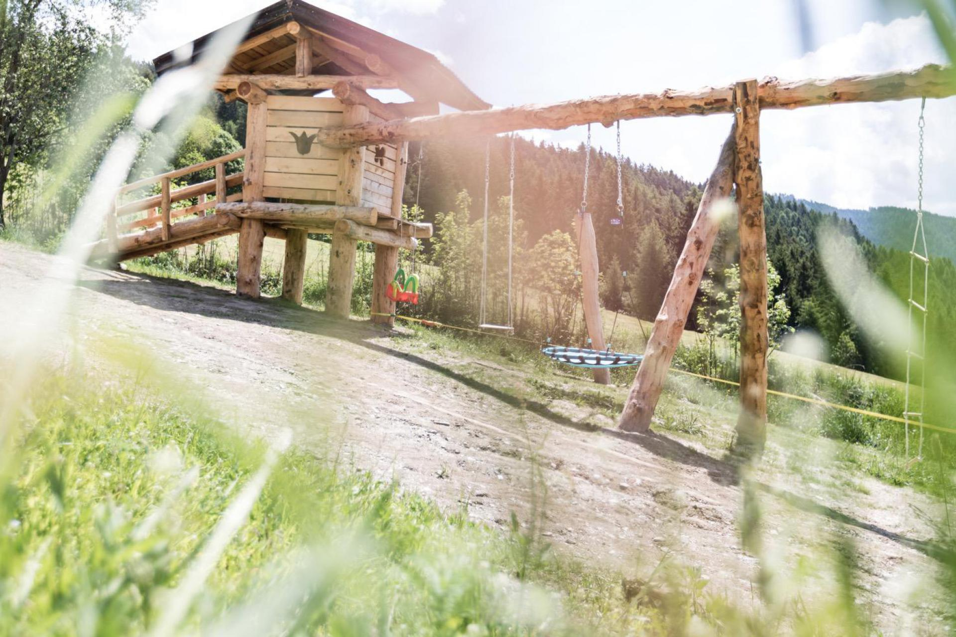 Agriturismo Dolomiti Agriturismo attivo con animali da fattoria in Trentino