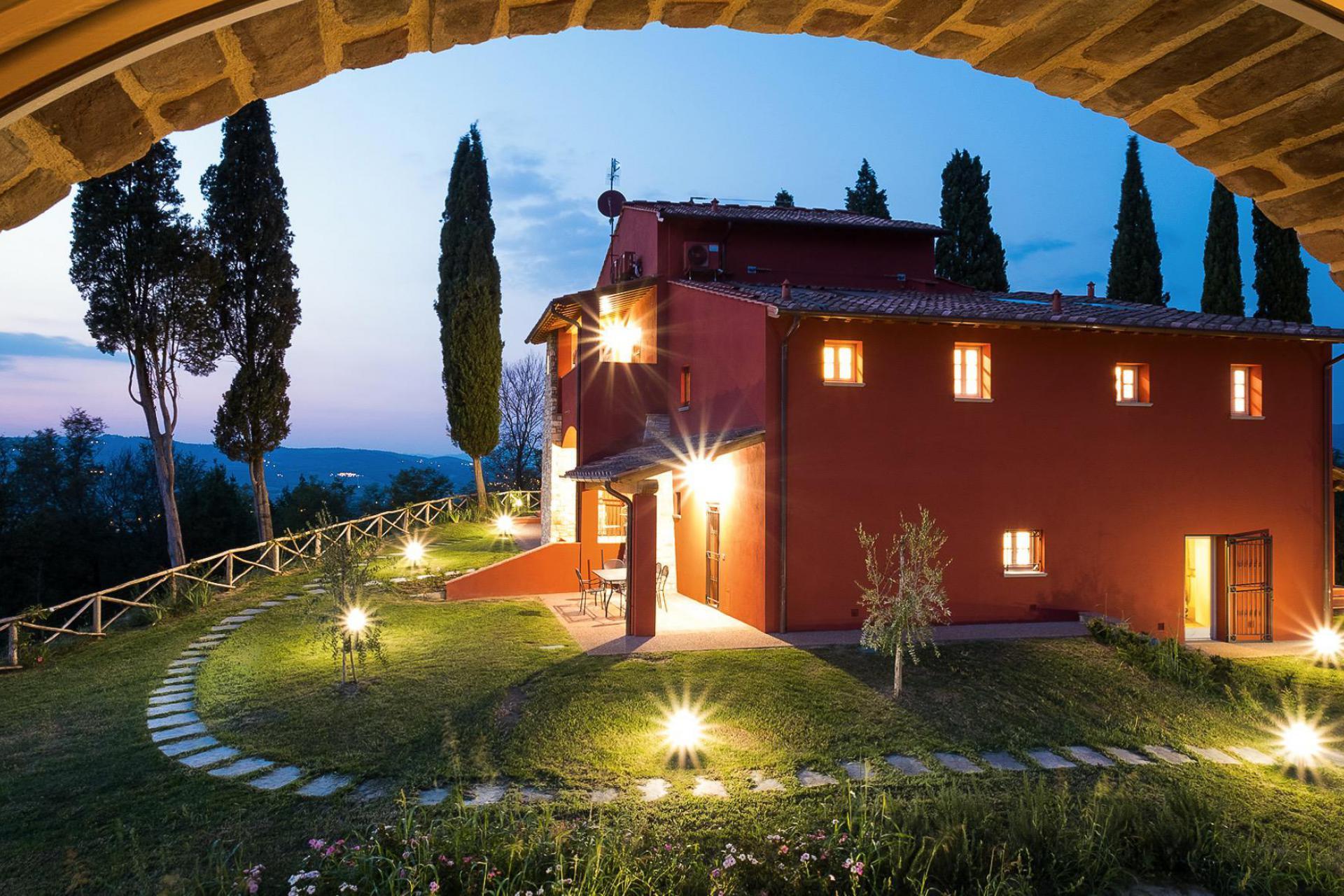 Agriturismo Toscana Agriturismo in Toscana con interni design