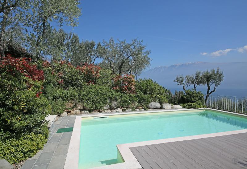 Agriturismo Lago di Como e lago di Garda Agriturismo vicino ad un campo da golf sul lago di Garda