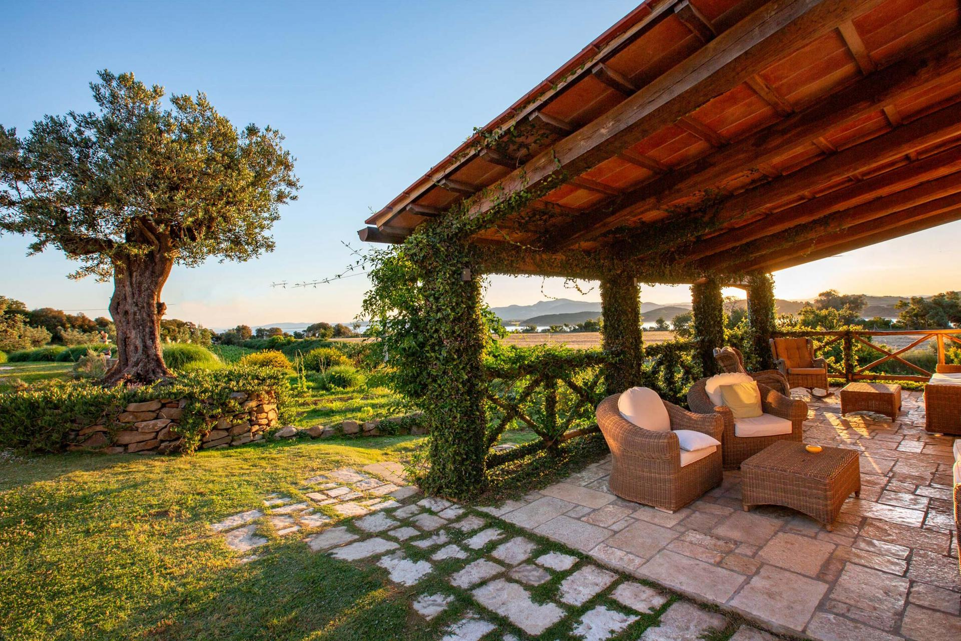 Agriturismo Puglia Agriturismo autentico con una bella piscina in Puglia