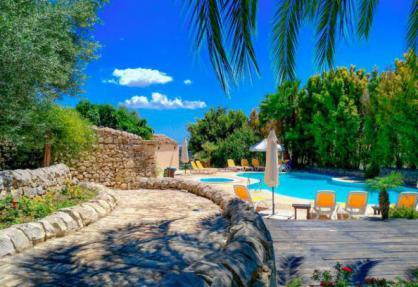 Agriturismo in Sicilia, belle camere, ottimo ristorante