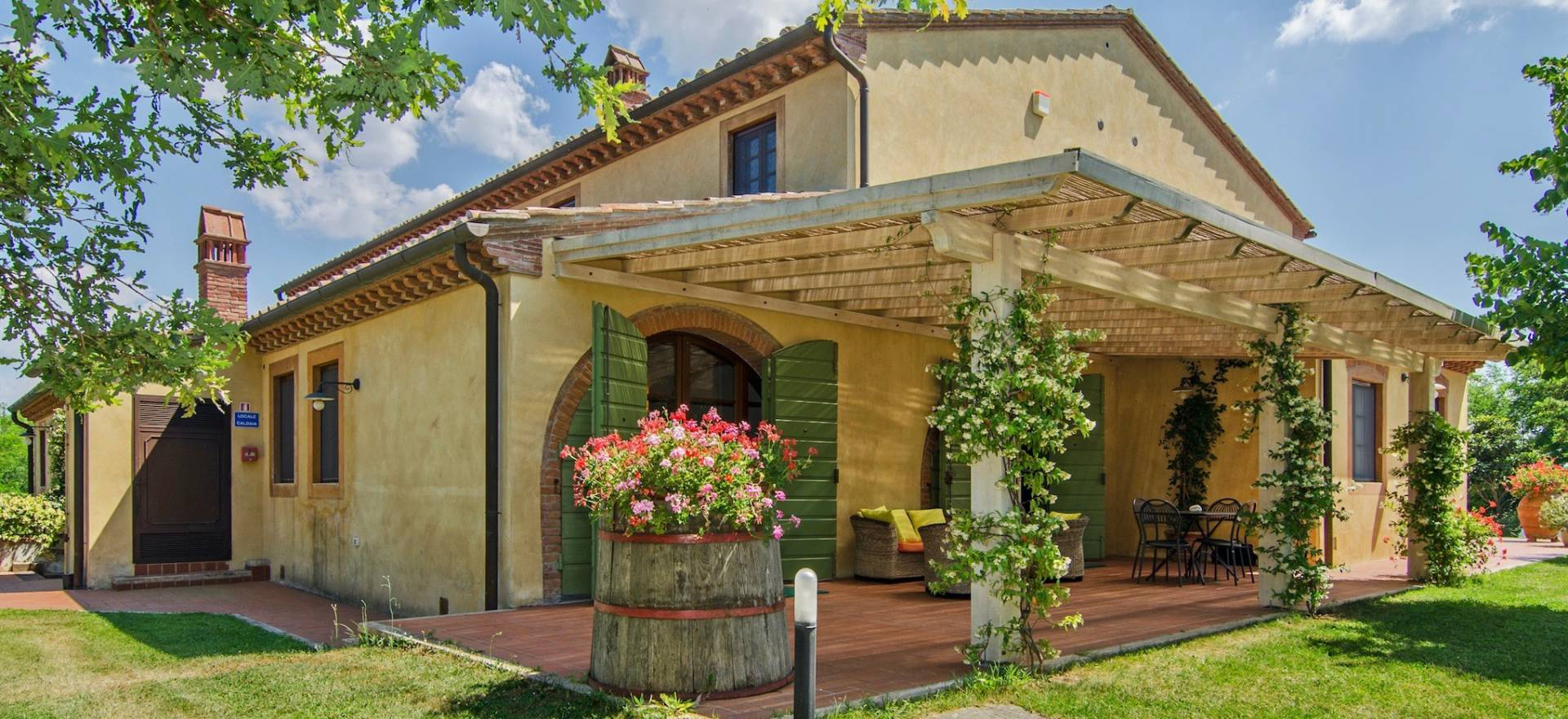 Agriturismo Toscana Agriturismo con piscina panoramica in Toscana