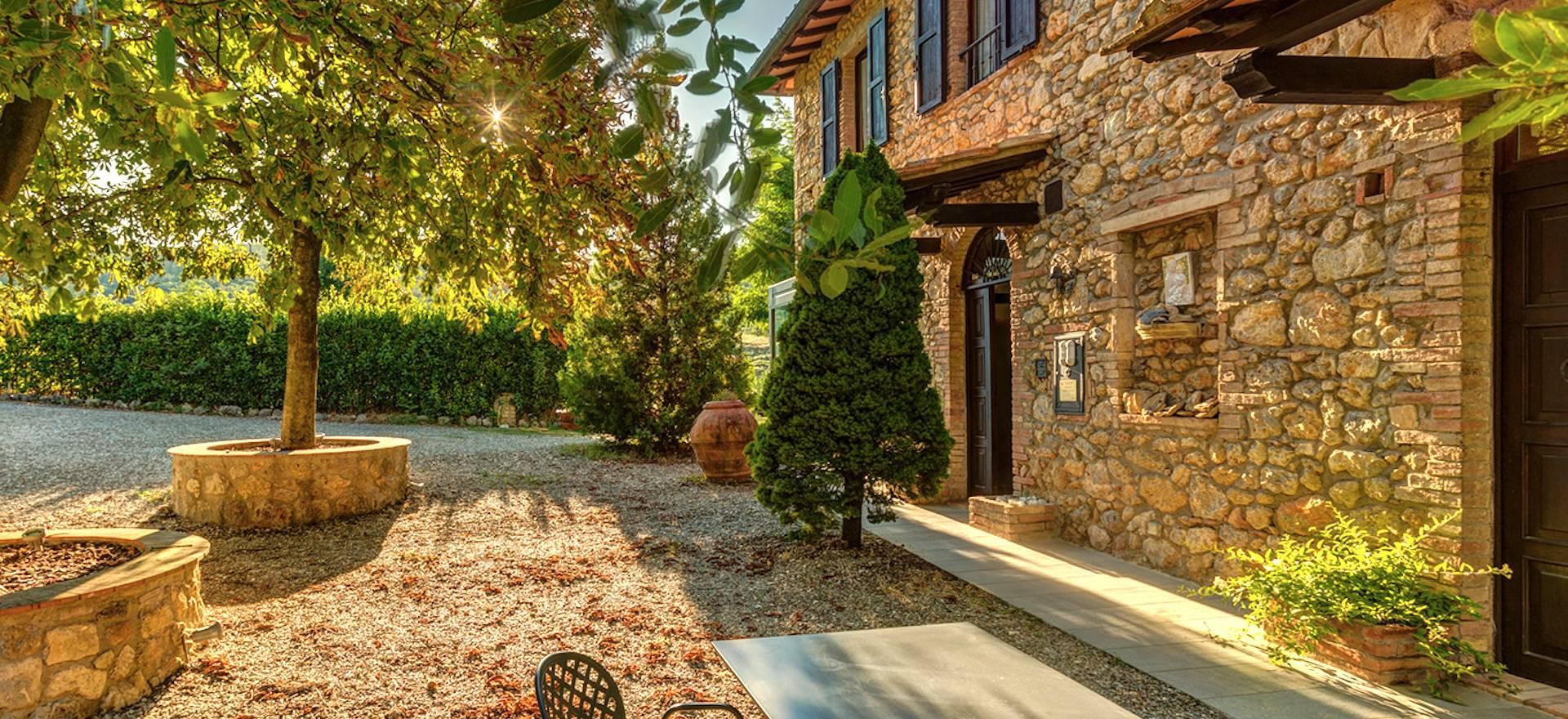Agriturismo Toscana Agriturismo con ristorante vicino San Gimignano, Toscana