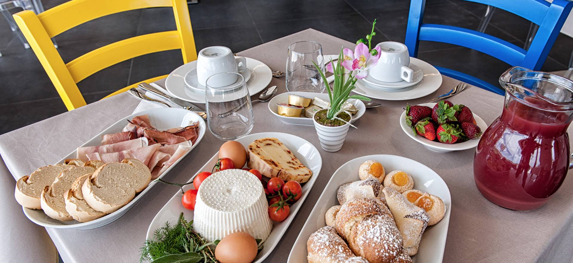 Agriturismo Sicilia Agriturismo ristrutturato con buon ristorante siciliano
