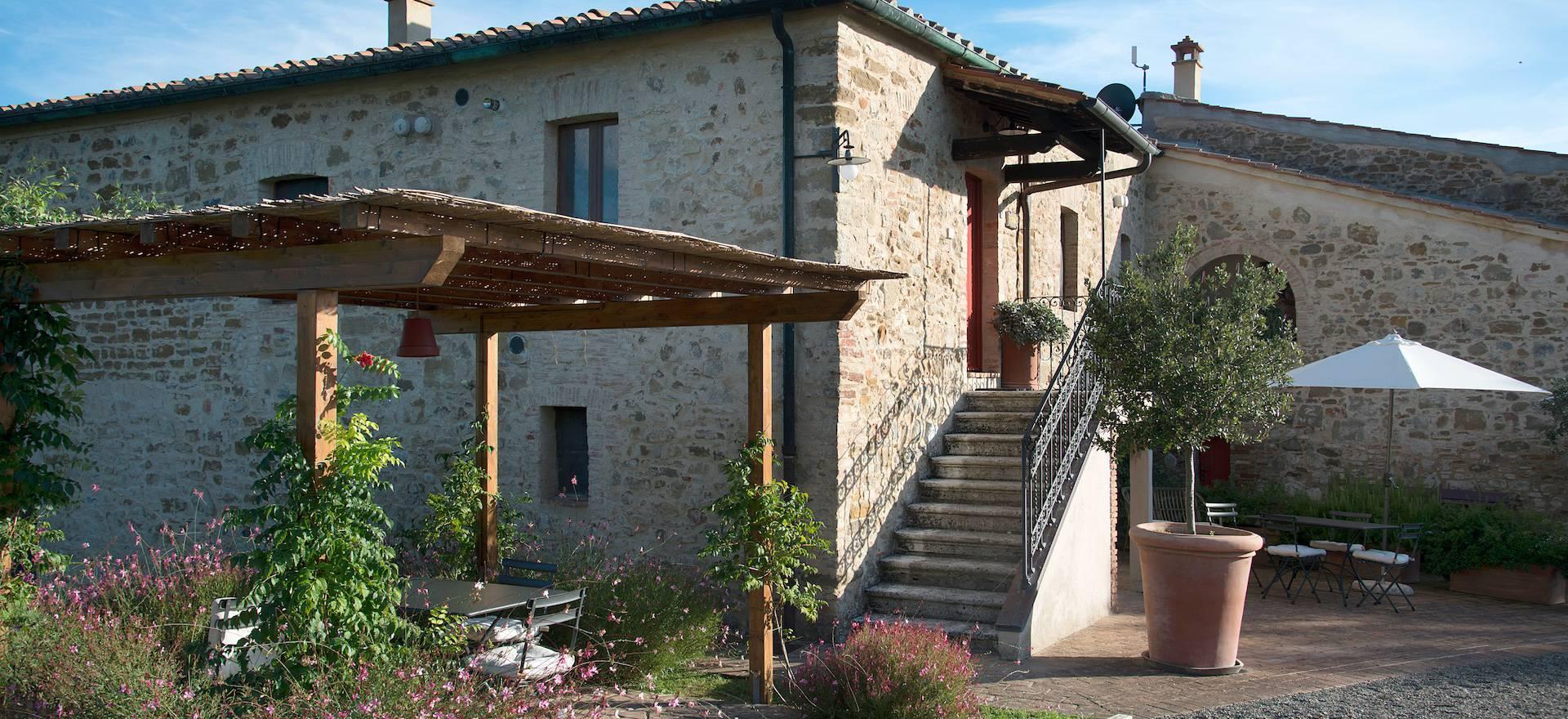 Agriturismo Toscana Agriturismo Toscana con appartamenti ben arredati