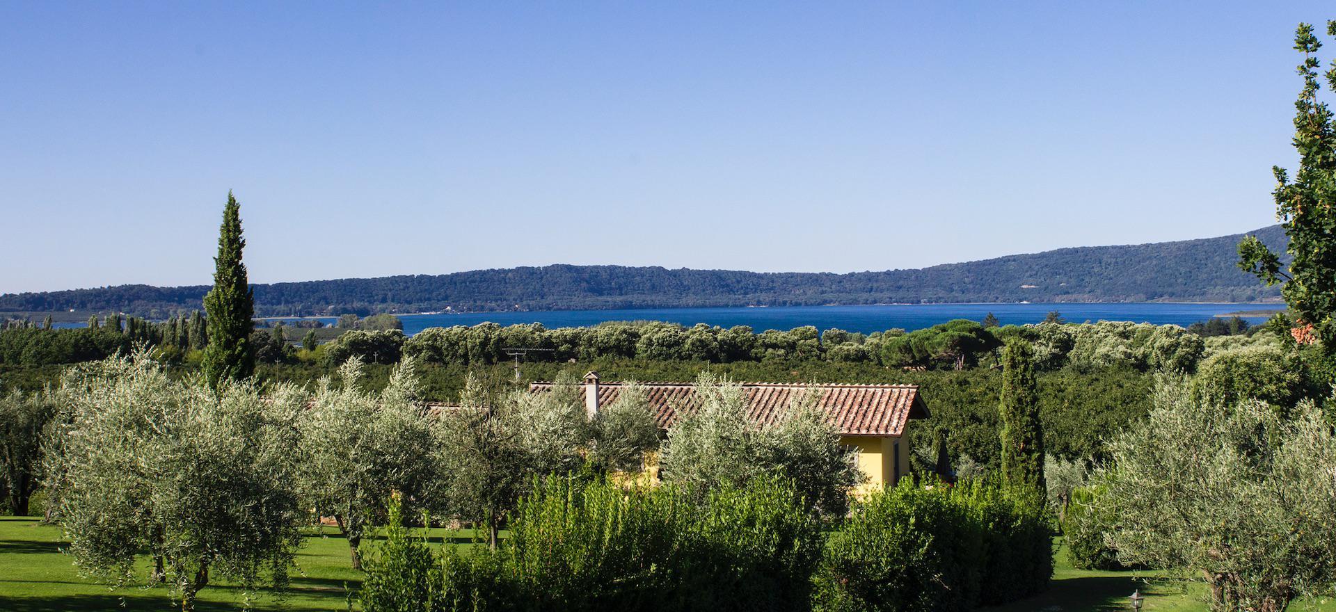 Agriturismo Umbria Agriturismo vicino a un lago ed ora da Roma
