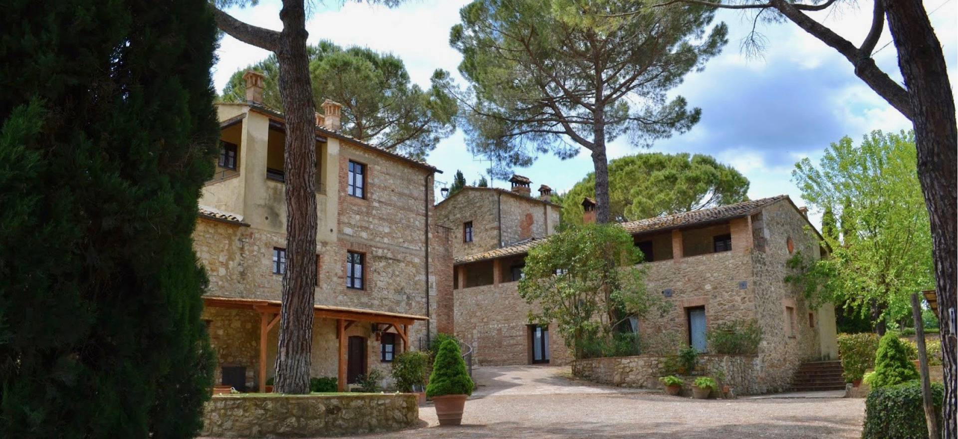 Agriturismo Toscana Caratteristico agriturismo in zona centrale, Toscana