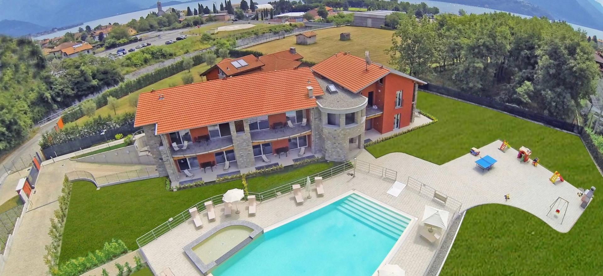 Agriturismo Lago di Como e lago di Garda Residence lago di Como con piscina, adatto ai bambini