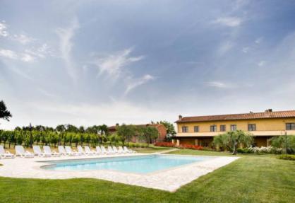 Agriturismo in zona tranquilla, Toscana, tra vigneti