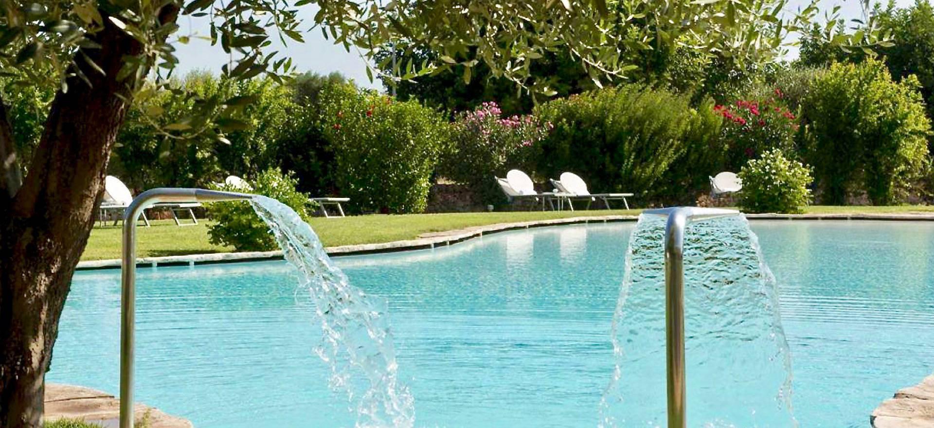 Agriturismo di lusso con piscina e vicino al mare for Piscina di lusso