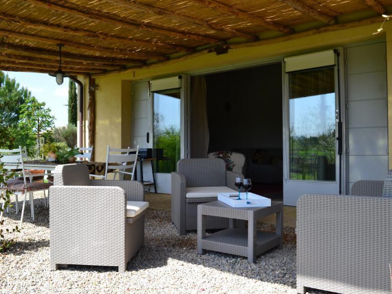 Agriturismo siena appartamenti di lusso e piscina for Appartamenti siena